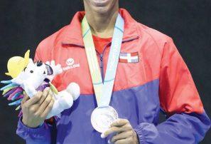 Violeta Ramírez Peguero obtiene bronce en espada individual de esgrima