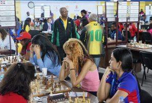 Equipo femenino obtiene triunfo en olimpíada mundial de ajedrez