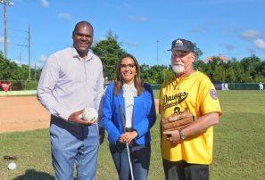 Coach internacional prepara dominicanos para serie Mundial de Beep Béisbol