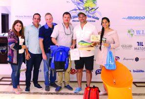 Fernando Rivas gana torneo de pesca Show Me TheMahi Abordo Sailfish 2018