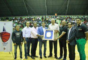 Buitres y Ciro Pérez ganan en inicio Torneo de Baloncesto Superior de San Cristóbal