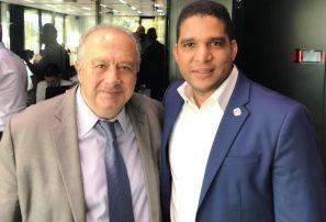 Fedombal recibe visita presidente de FIBA, Horacio Muratore