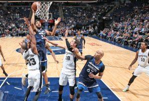 Karl Towns y Minnesota humillan a San Antonio en la NBA