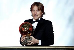 Luka Modric es reconocido como el mejor jugador del mundial al ganar el Balón de Oro
