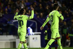 Messi anotó tres y el Barcelona recupera la cima