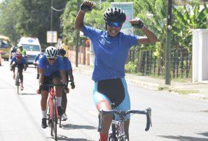 Zonas Norte y Este conquistan ciclismo masculino y femenino