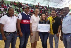 Pueblo Nuevo y Madre Vieja ganan en inicio semifinal en Baloncesto Superior de San Cristóbal