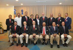 Carlos Elmudesi encabeza nueva directiva Federación de Golf