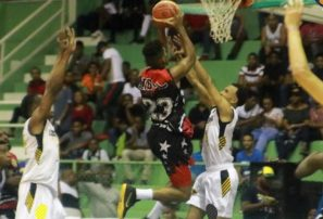 Pueblo Nuevo gana primer juego de la final en Baloncesto Superior San Cristóbal