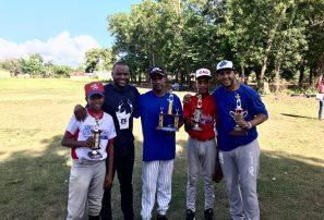 Liga Ricardo de la Cruz conquista I triangular béisbol infantil