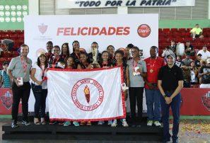 Santa Teresita campeón de la Copa Intercolegial de Voleibol Femenino