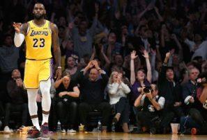 LeBron James gana premio de AP al atleta masculino del año