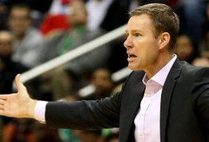 Los Bulls de Chicago despiden al dirigente Fred Hoiberg