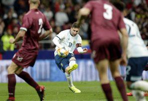 Argentina cae ante Venezuela en regreso de Messi