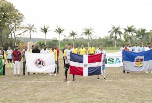 UTECO y PUCMM triunfan en el inicio de la Copa Universitaria de Fútbol
